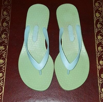 ebcb4febd1a23 BRAND NEW LOFT mint green rubber thong sandals, with kitty heels. Size 7 |  eBay