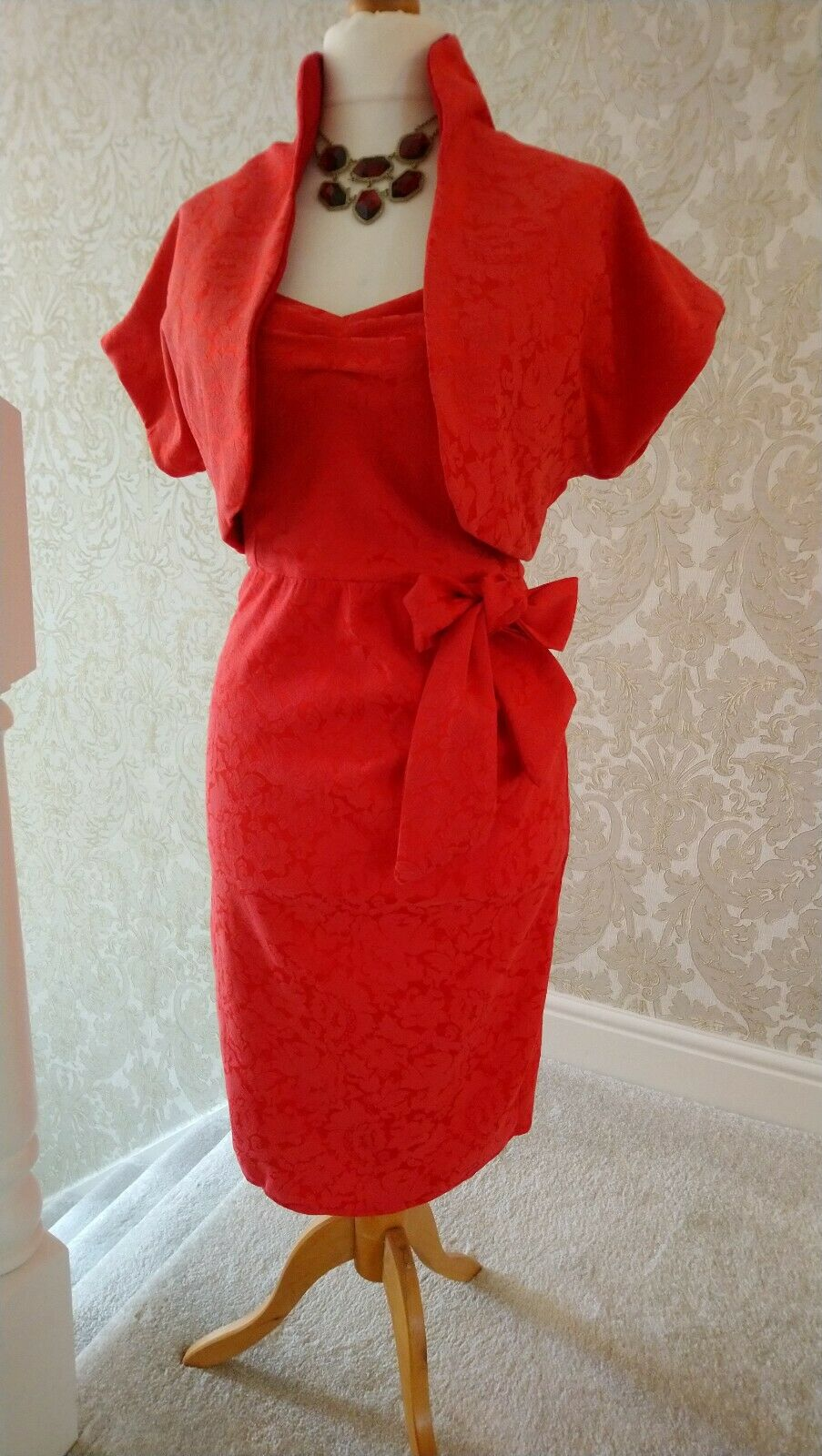 mother of the bride dress and matching bolero NEW 12 Midi stretch brocade red
