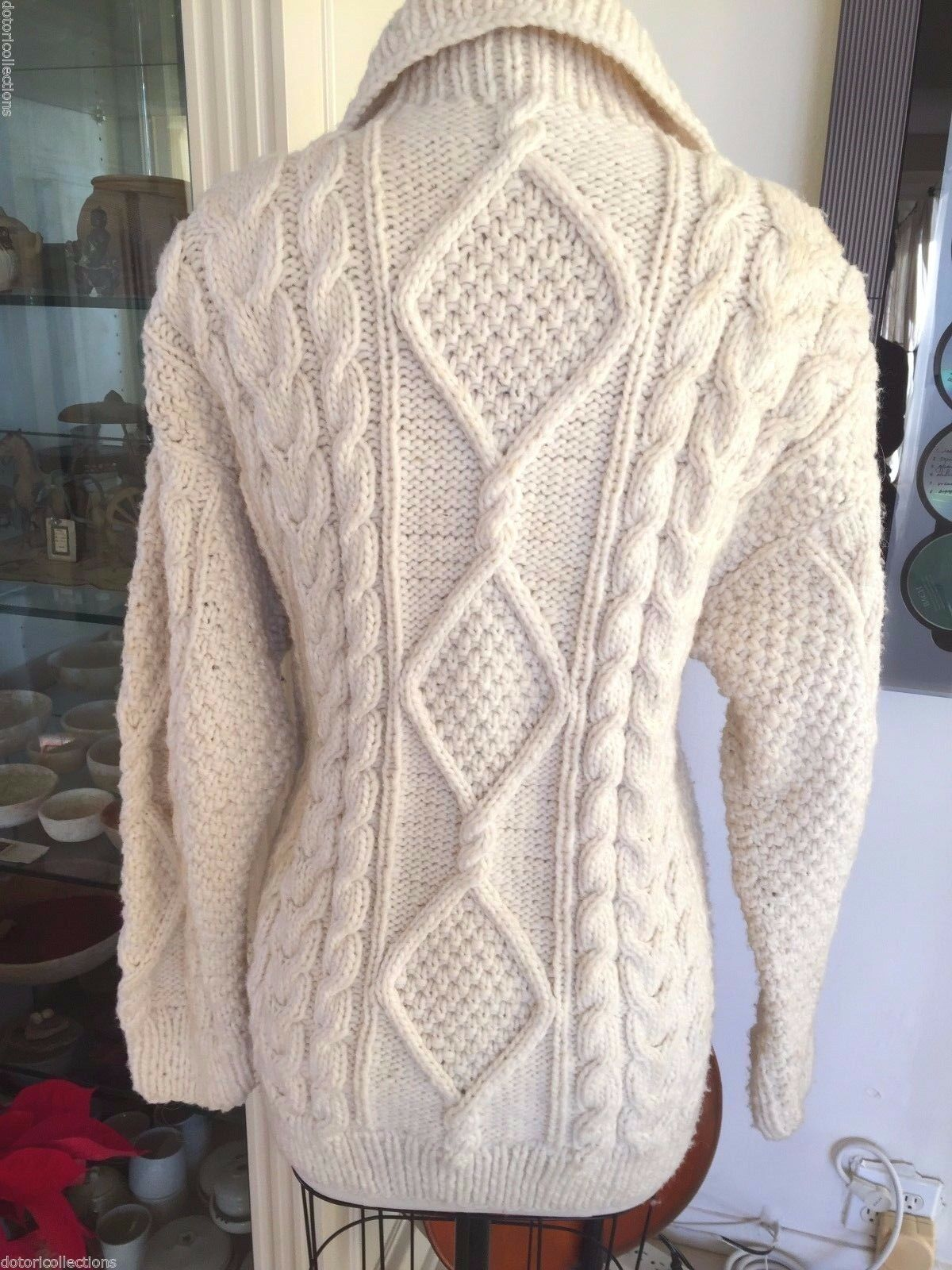 Swedish Hand Hand Hand Knit Sweater (Cardigan) with Swedish 100% Wool, very light and warm 8634a9