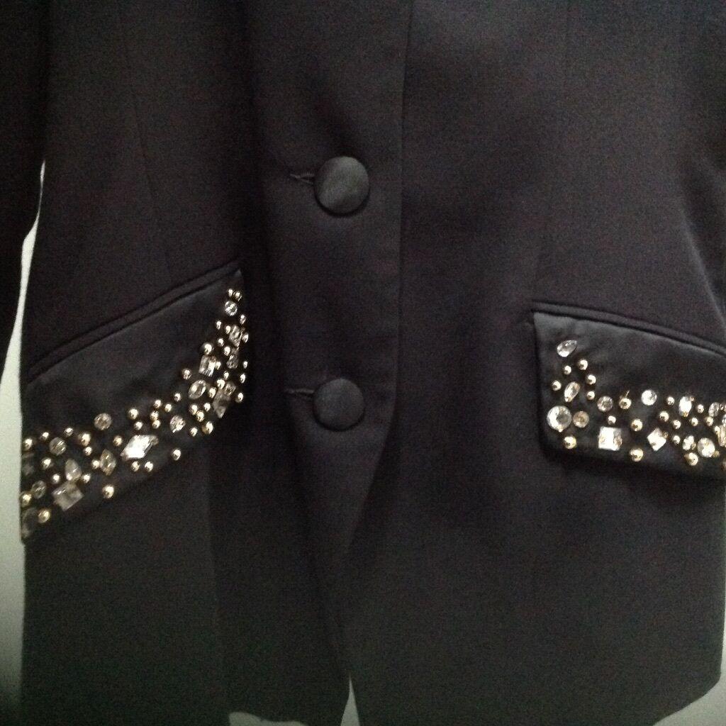 Apart Blazer Blazer Blazer mit Strass Gr 36  selten getragen NP | Kaufen Sie online  | Schön geformt  | Feine Verarbeitung  ae8c97