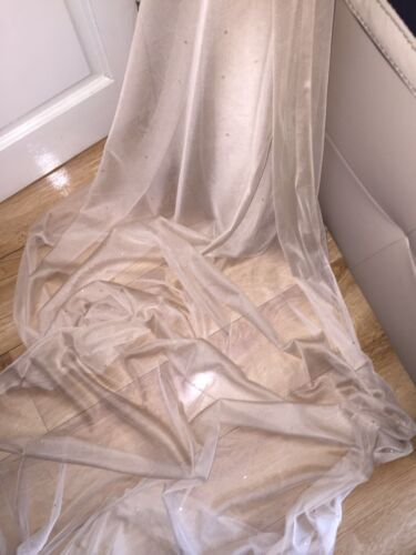 """3 MTR SOFT BEIGE TULLE STUDDED BRIDAL//DECORATION NET FABRIC..45/"""" WIDE NEW"""