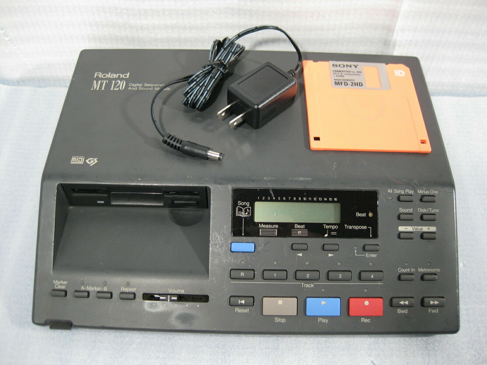 Roland MT-120 Digital Sequencer MIDI Sound Module GS GM Used   Free Shipping