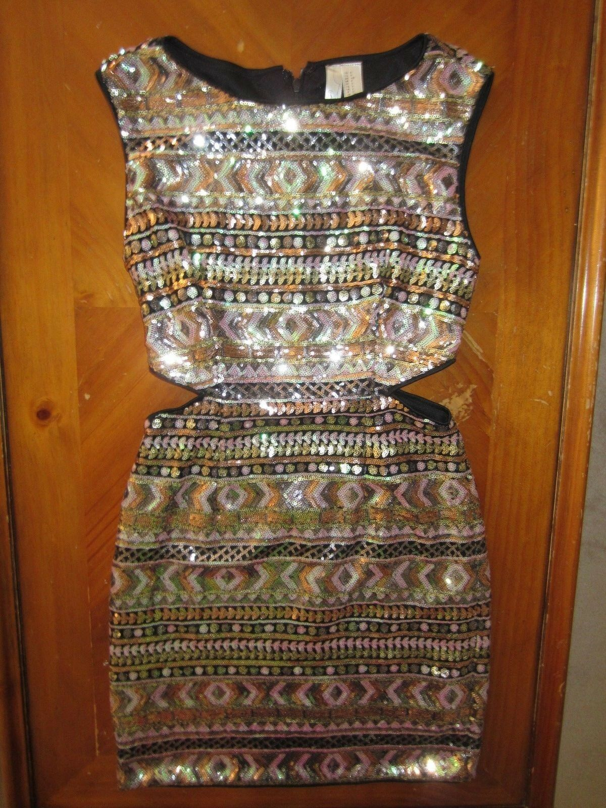 FOREVER 21 STUNNING SLEEVELESS SEQUINED MULTI COLOR SPARKLE DRESS SMALL S BLING
