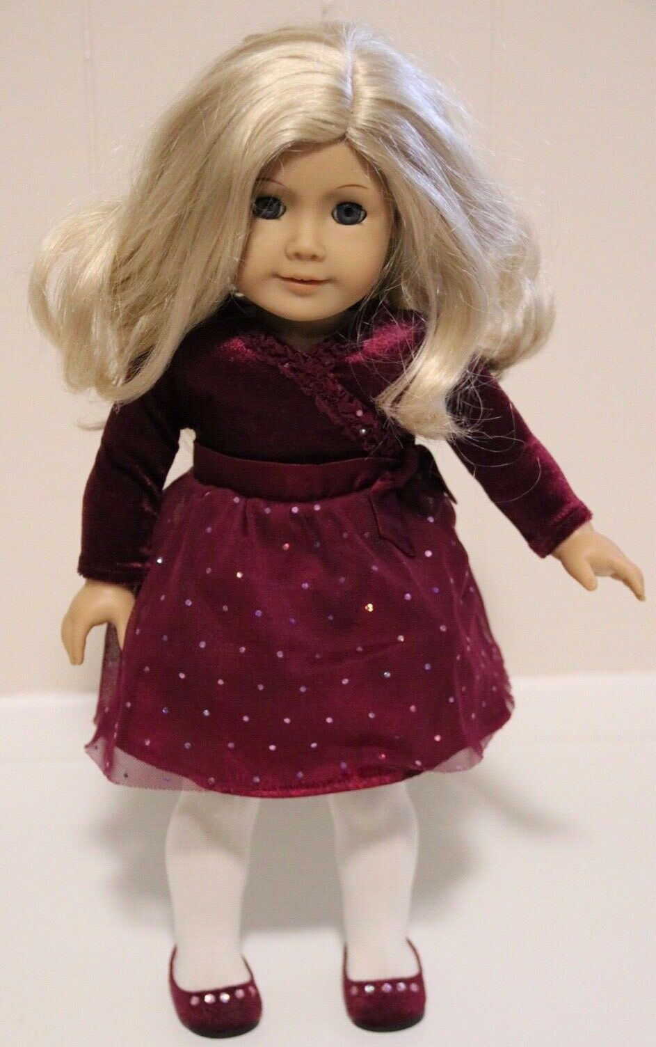 American Girl Truly Me  22 Retirot Light Skin Light Blond Wavy Mid Length Hair