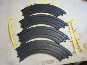 """MARCHON MR1 SLOT CAR HO SCALE ( 8 PCS 12"""" CURVED TRACK #66804 ) with rails"""
