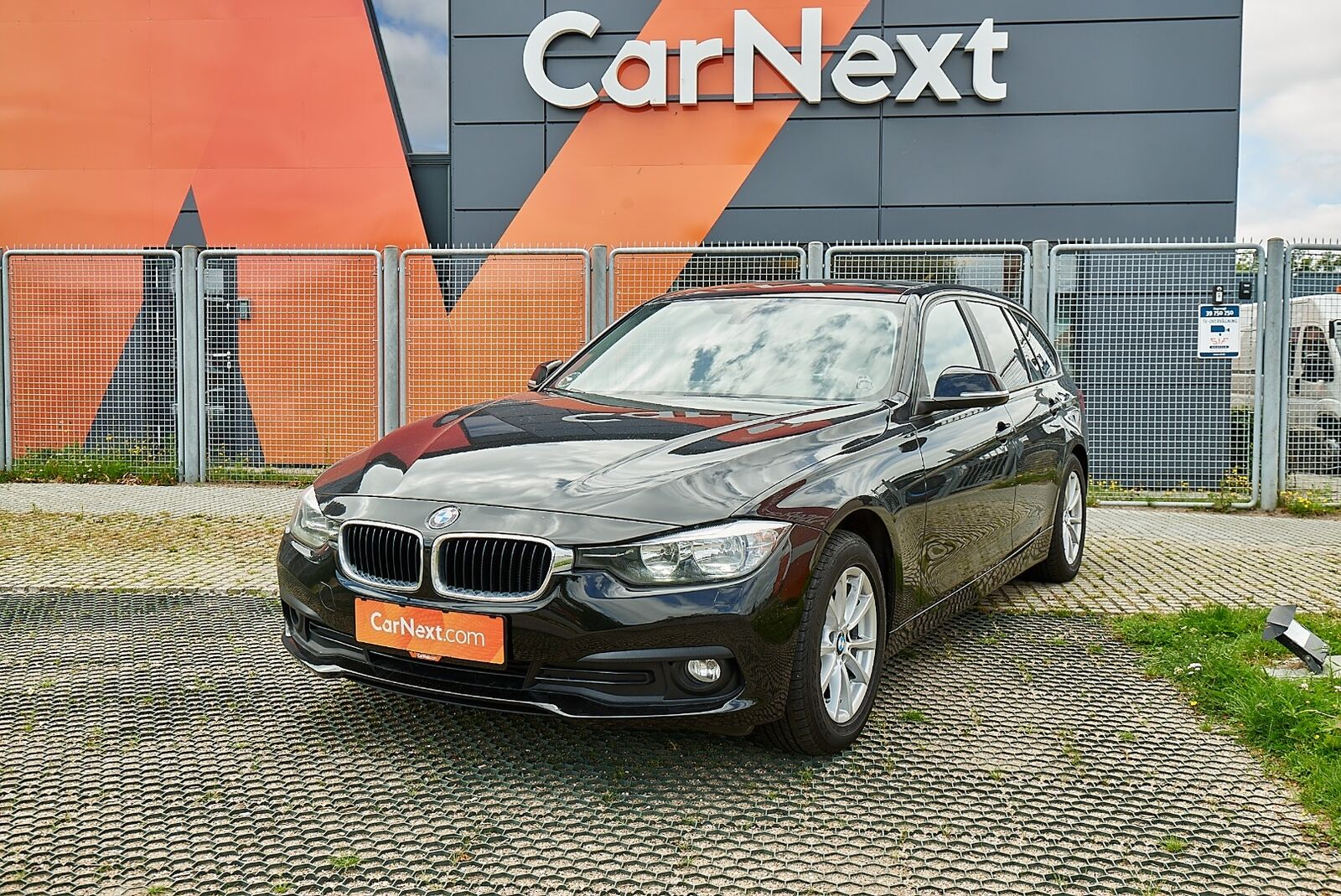 BMW 318d 2,0 Touring 5d - 199.900 kr.