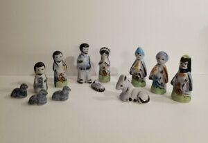 Vtg-Hand-painted-Mexican-Tonala-Folk-Art-Pottery-Nativity-Scene-Creche-12-Pieces