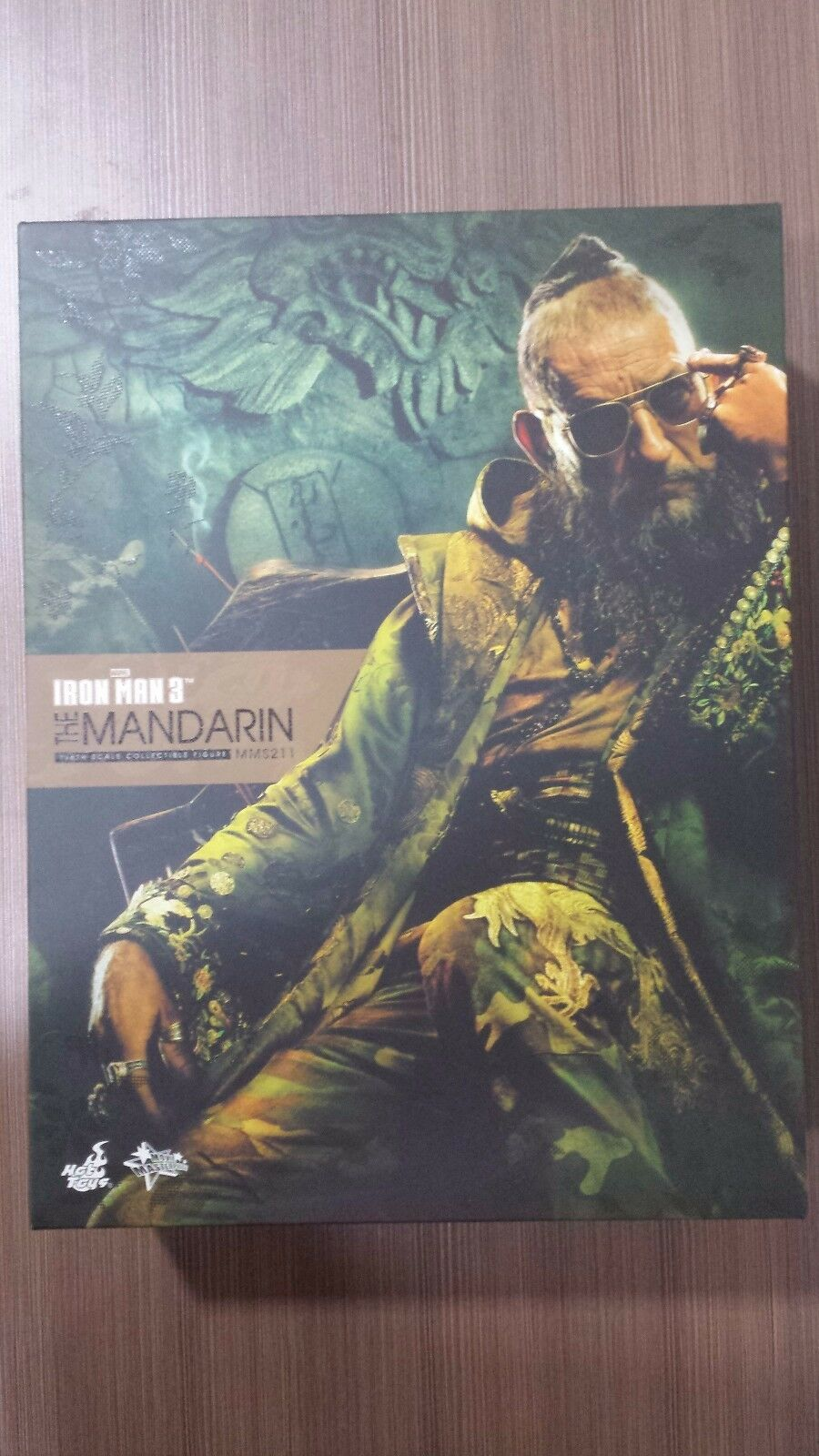 Hot Toys MMS 211 IRON MAN 3 LE MANDARIN Ben Kingsley 12 in (environ 30.48 cm) ACTION FIGURE NEW