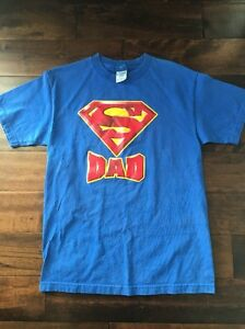 3b4b4e3e D.C. Comics Superman Dad T Shirt Size M Best Dad Father Present Gift ...