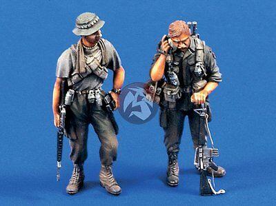 """Verlinden 1/35 """"The Grunts"""" US Infantrymen in Vietnam War (2 Figures) 532"""