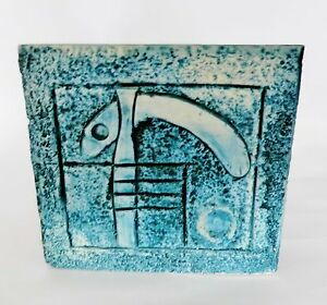 A-Troika-Pottery-vase-bowl-or-sculpture-signed-free-postage