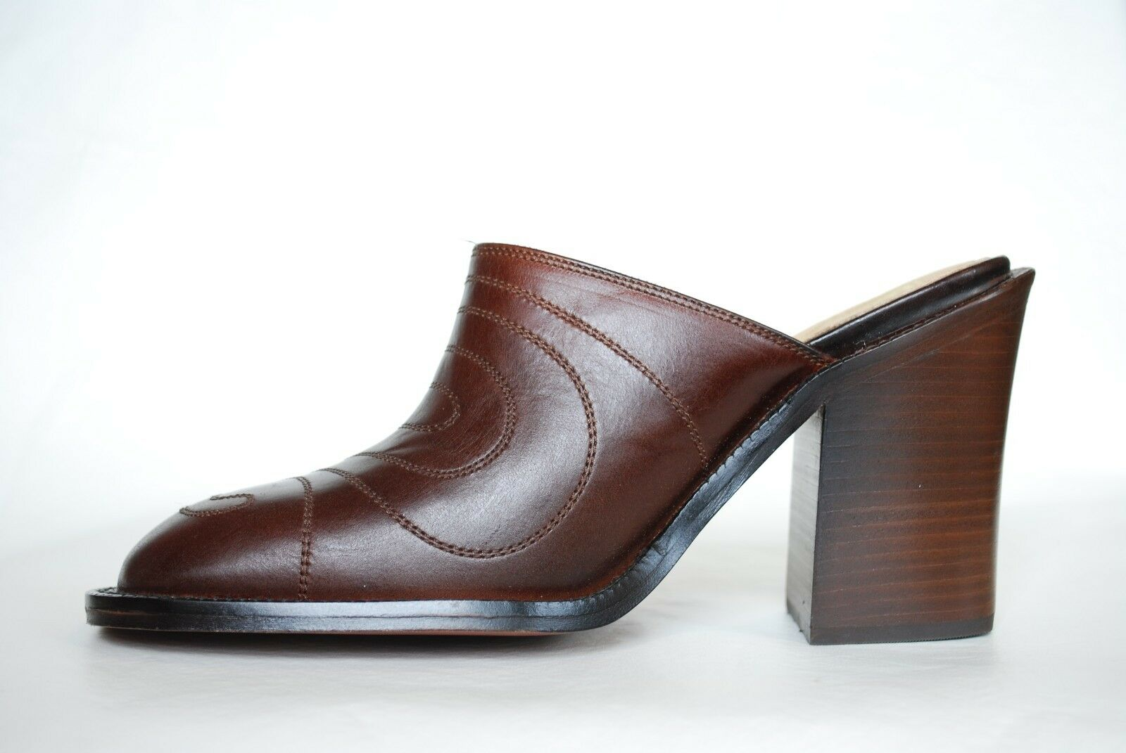FRYE New Conrad MULE HEELS NIB Womens Leather Clog shoes Size 8 Brown