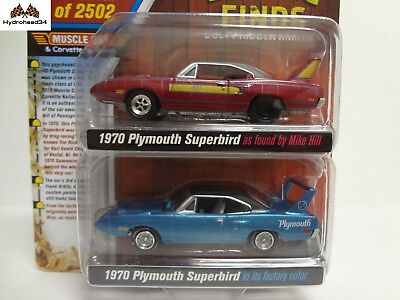 Johnny Lightning 1970 Plymouth Superbird Barn Finds 2 Pack ...