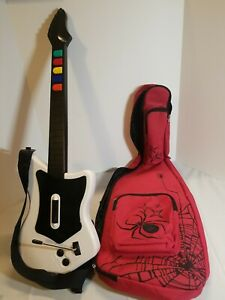 Red Octane Playstation 2 PS2 Wireless guitar w/spider case 95025 no receiver.