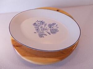 Pfaltzgraff-Yorktowne-14-034-x10-034-Turkey-Platter-No-16-Beige-Blue-Plate-Serving