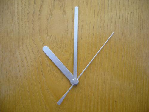 CLOCK MOVEMENT QUARTZ  SHORT SPINDLE 90mm SILVER HANDS