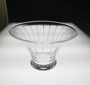 Vintage-ORREFORS-Clear-Glass-Centerpiece-Bowl-Faceted-Signed-Art-Vase-Sweden
