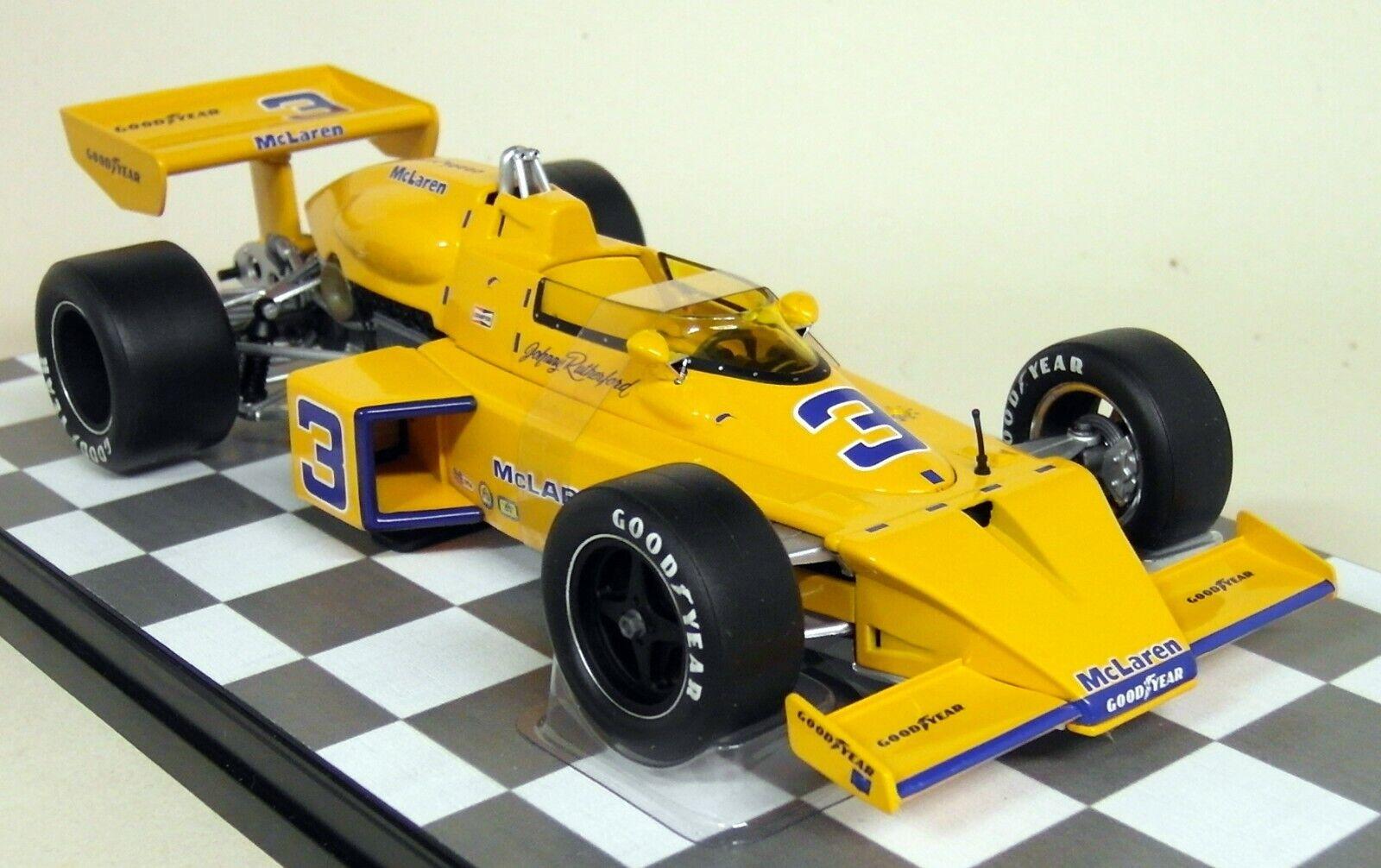 autoousel 1 1 18 SCALA 4801 McLaren M16 1974 miglia di Indianapolis 500 JOHNNY Rutherford