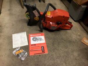 Husqvarna-12-034-Gas-Cutoff-Saw-371K-New-Old-Stock