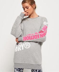 Superdry Japan Edition Pulloverkleid in Übergröße