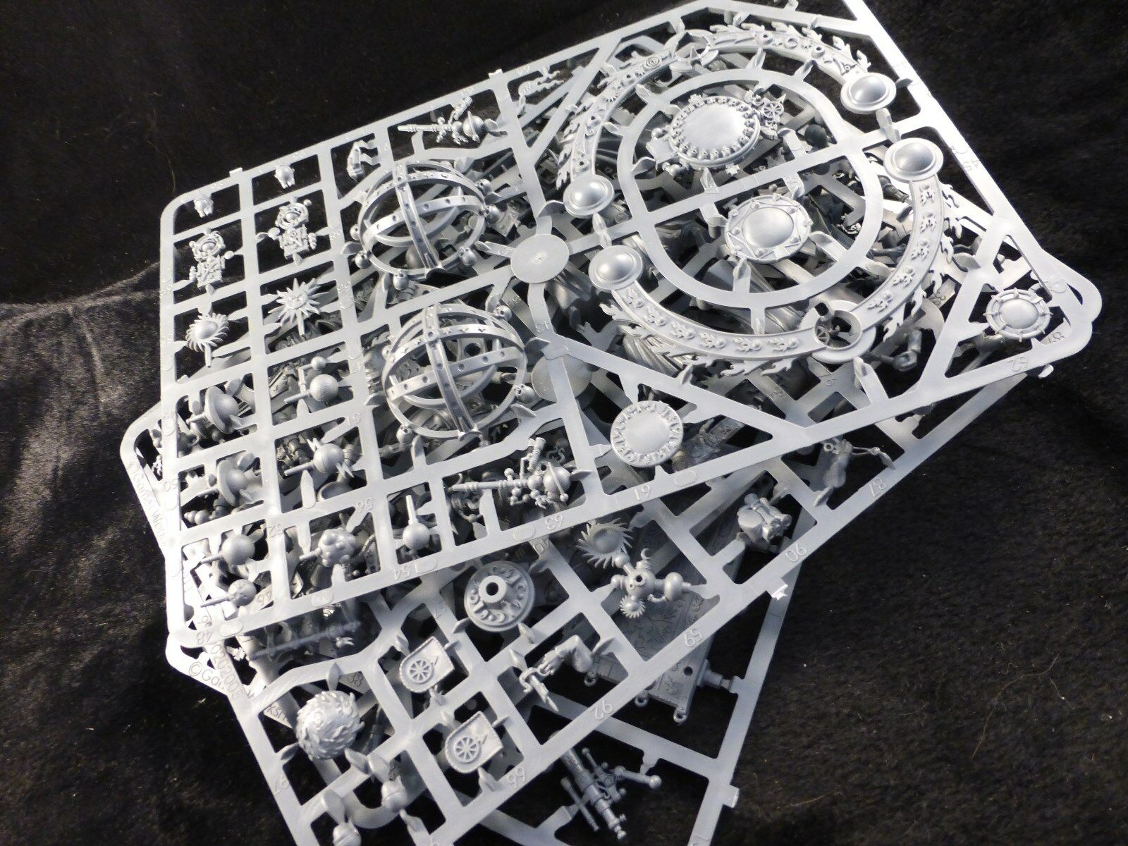 Empire Celestial Hurricanum   Luminark of Hysh on Plastic Frame