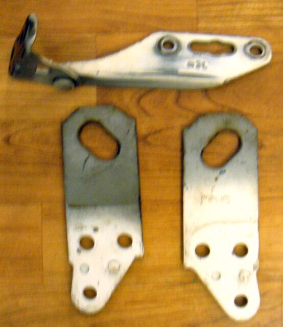94-01 Acura Integra OEM Right Hood Hinge W/ L&R Side