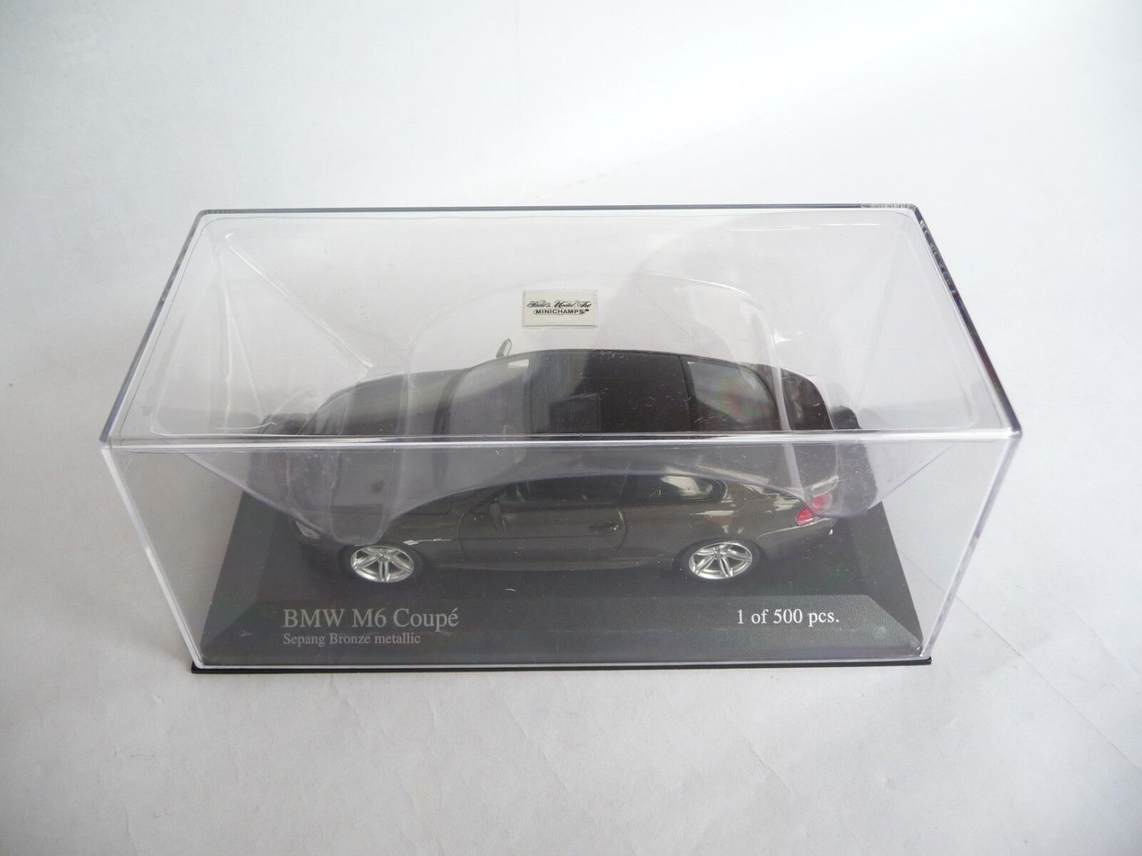 Minichamps 1 43 BMW M6 Coupé 2006 Metálico Marrone 026121