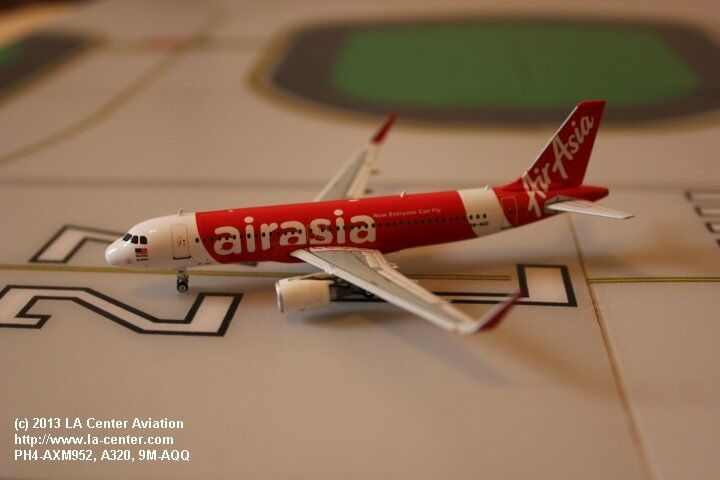 Phoenix Model Air Asia Airbus A320 Sharklets Current color Diecast Model 1 400
