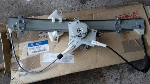 HYUNDAI ACCENT MK I FRONT LEFT WINDOW REGULATOR (NO MOTOR) BRAND NEW 8240322210