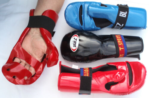 COVERED FINGER HAND PADS Closed Sparring Gloves Taekwondo Karate Protectors
