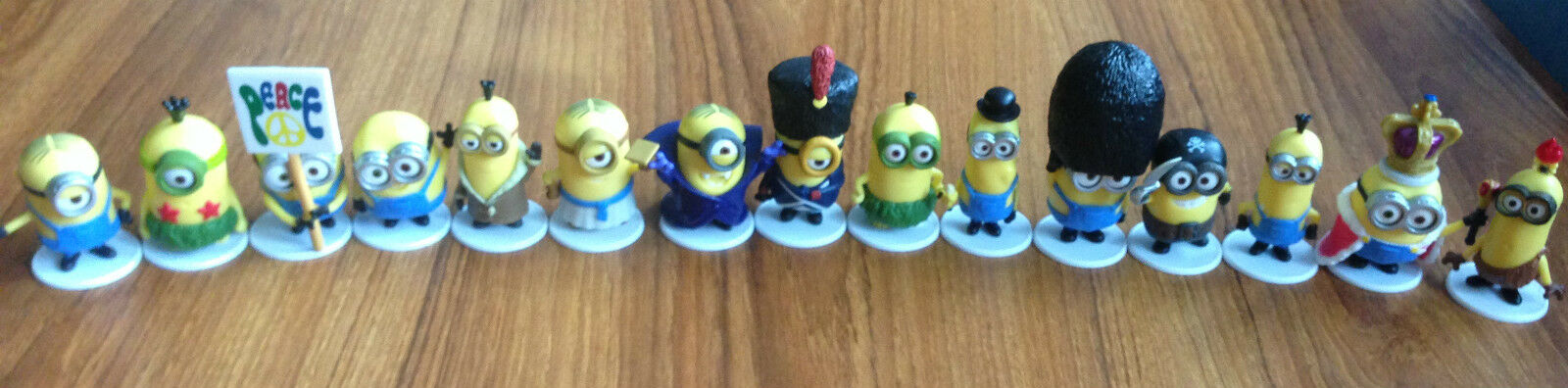 Brand New Minions Surprise Blind Bag full set of all 15