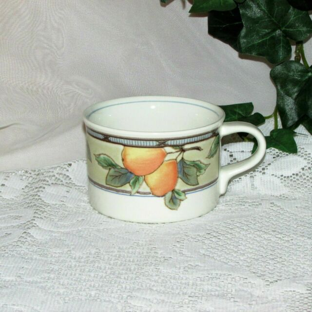 MIKASA INTAGLIO GARDEN HARVEST COFFEE CUP CAC29 FRUIT REPLACEMENT no saucer