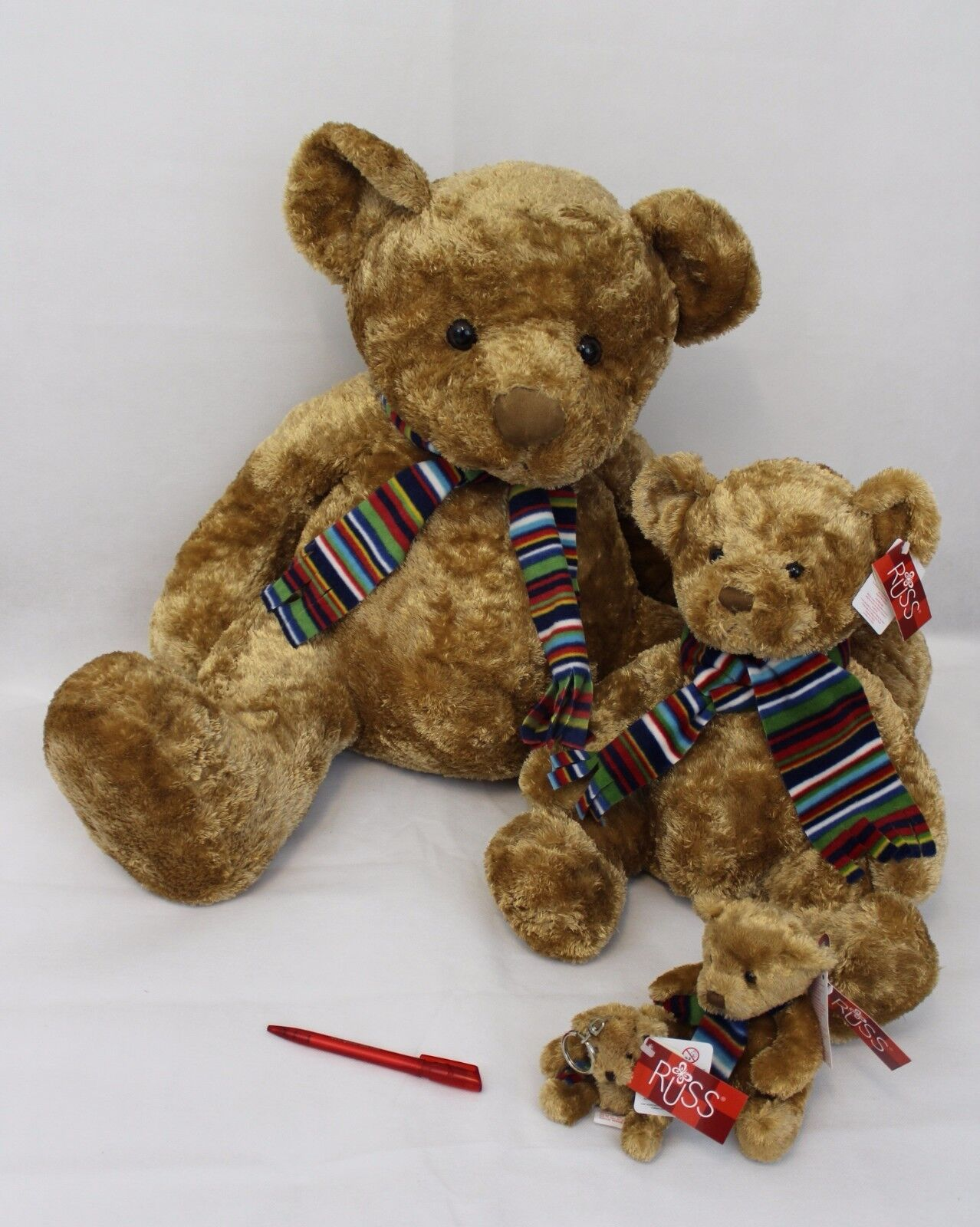 Teddy Bär  Russell  -  Kuscheltier von Russ    NEU