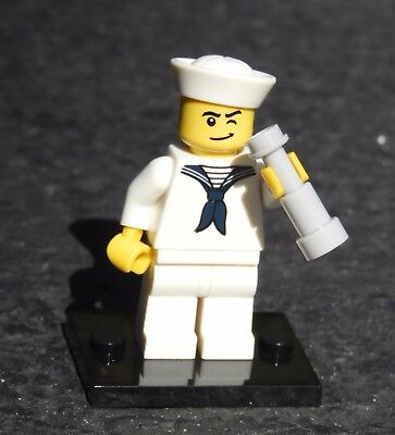 "LEGO Collectible Minifigure #8804 Series 4 /""SAILOR/"" Complete"