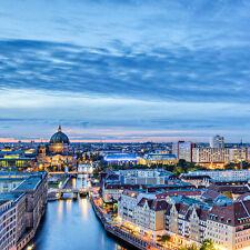 4 Tage Berlin - Reise Holi Hotel & Hostel + 1 tolles Dinner, Gutschein