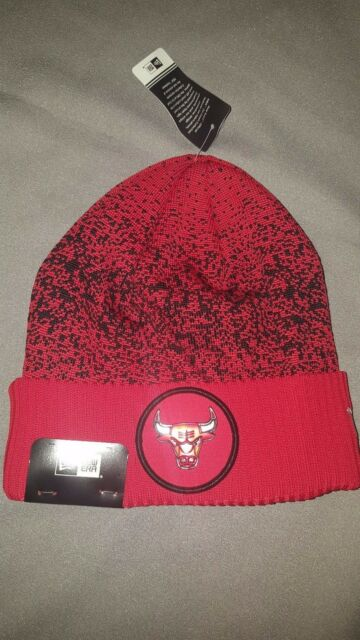 fa647902430 NEW ERA NBA CHICAGO BULL ON COURT CUFF BEANIE ADULT MENS HAT 11471922 RED