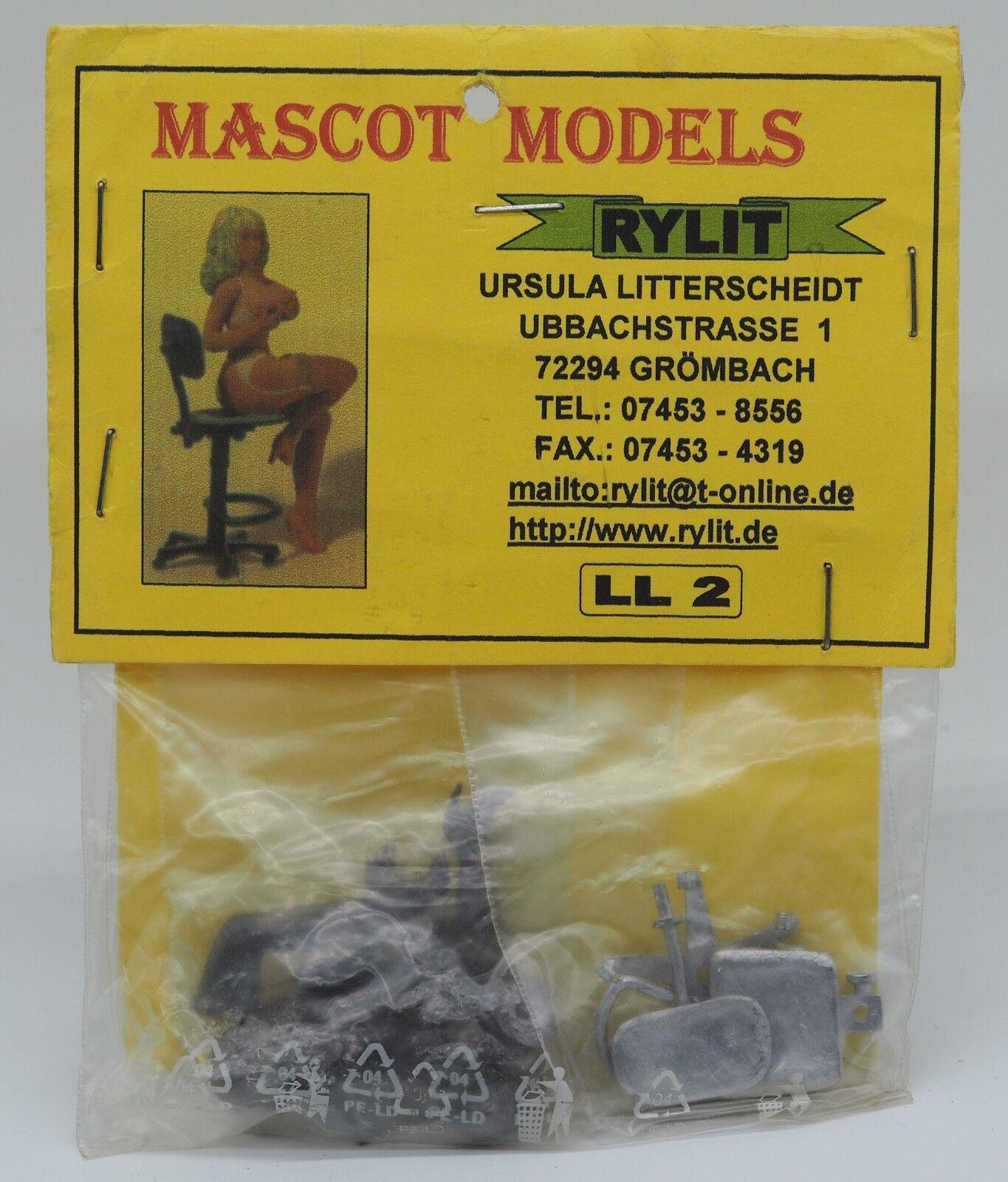 LL2, Tempting Temp incl chair, Mascot Models,90mm Metal Figure,1 18,Brand NEW