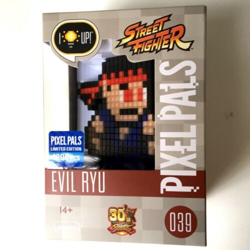 Street Fighter Pixel Pals Evil Ryu Exclusive 30th Anniversary Edition #39 Capcom