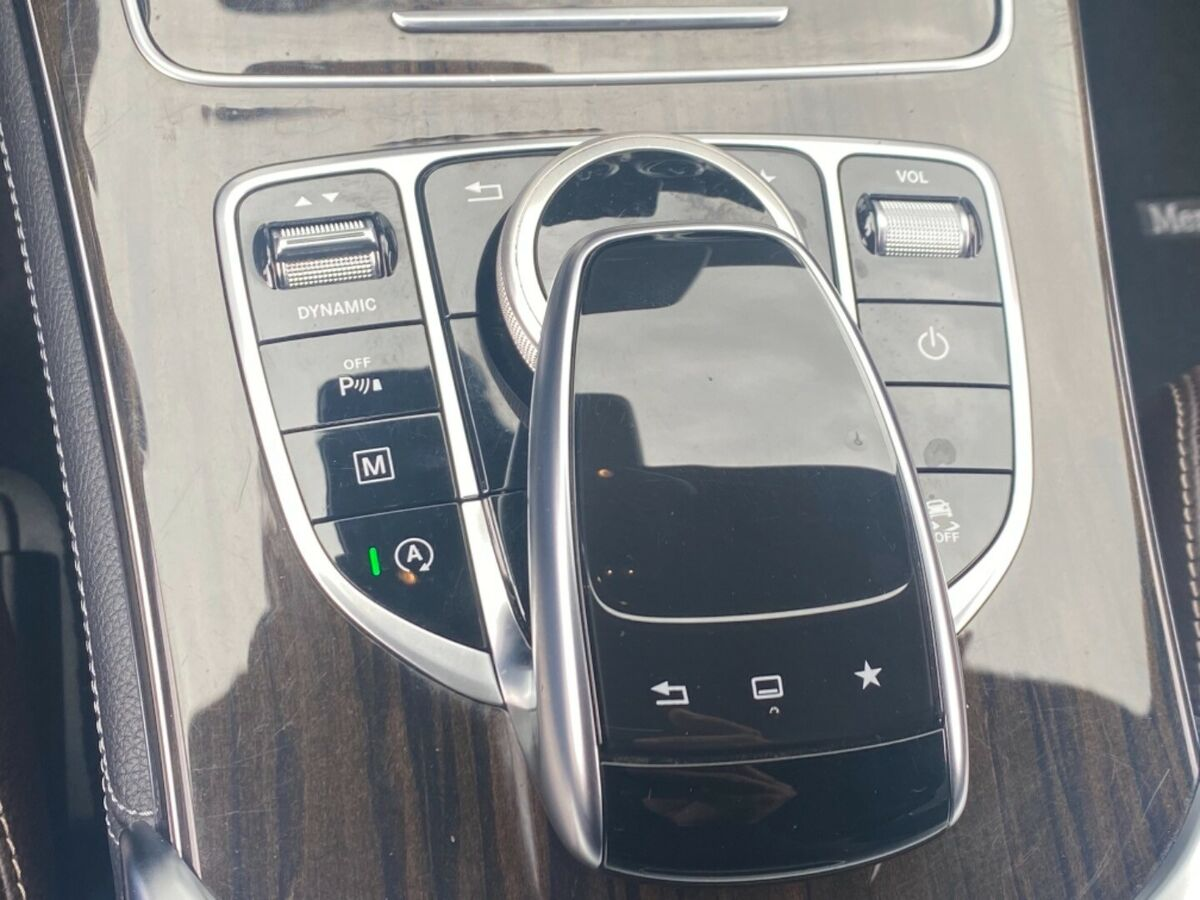 Mercedes GLC250 AMG Line aut. 4Matic Van