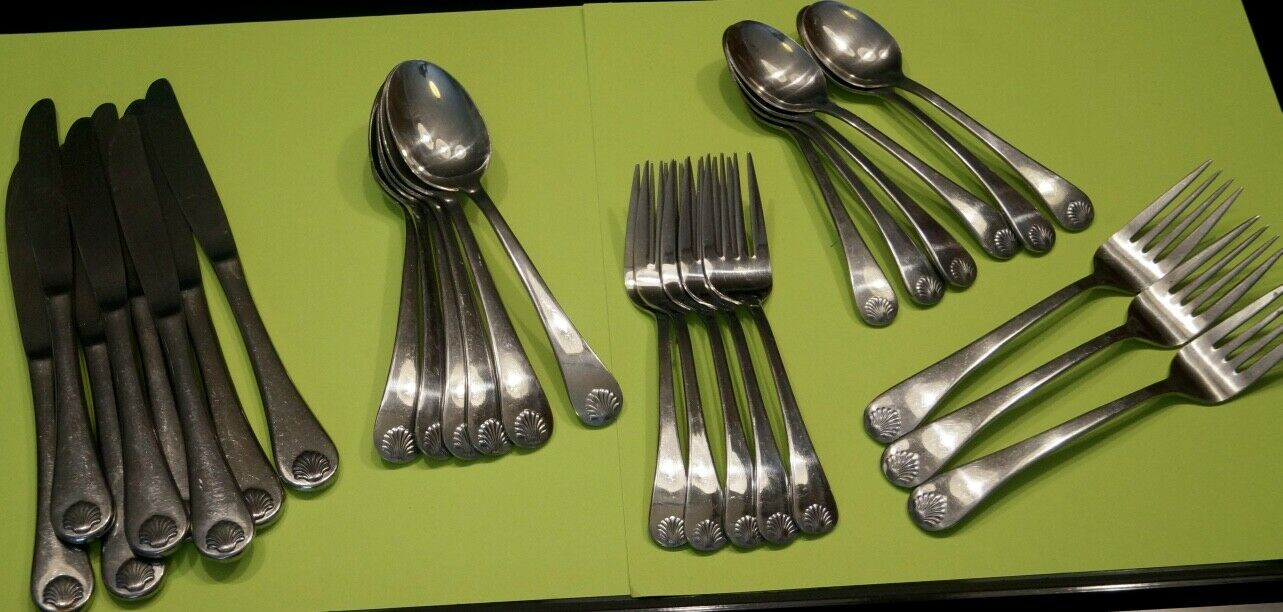LOT OF 28 PCS. REED & BARTON SELECT STAINLESS BAYVIEW SHELL FLATWARE