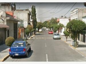 Casa en Venta en Centro Industrial Tlalnepantla