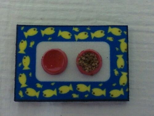 pretend food /& water on mat Dollhouse Miniature Handcrafted Cat Dish Set