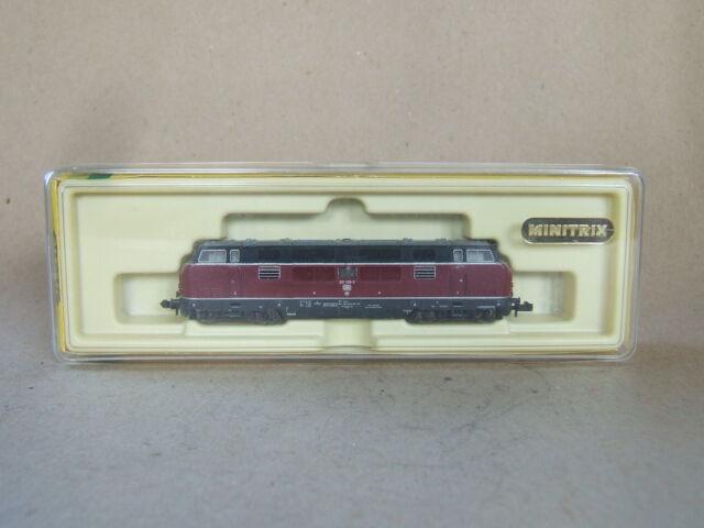 Minitrix Diesellok BR 221 der DB Nr. 2061, Spur N