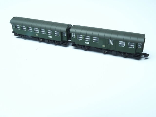 87060-11 Marklin Z-scale 2 cars close coupled Umbauwagen set 2nd class + baggage