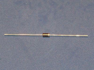 10 Stück Diode RGP30M