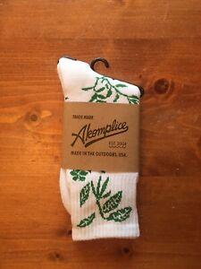 Akomplice White/ Green Leaf Socks