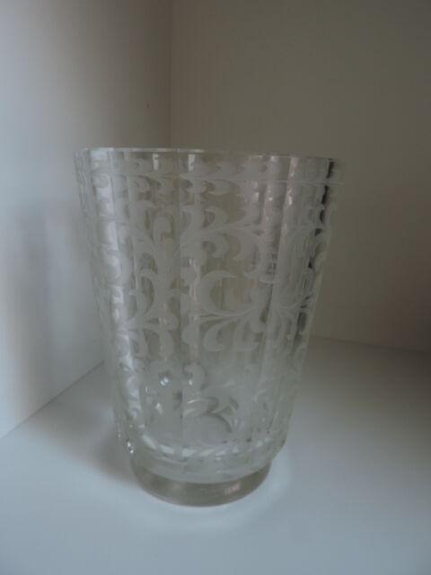 Vase,Glasvase,geschliffenes Dekor,ART-DECO