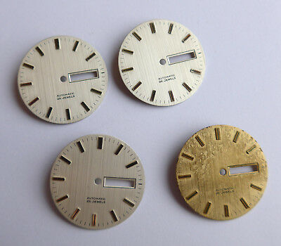 Marchio Popolare Lotto Di Vari Uhrblätter Quadranti -- Produttore Sconosciuto --mostra Il Titolo Originale Bello A Colori
