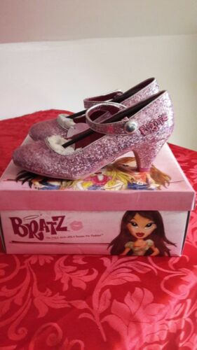 BRATS PINK SPARKLE SHOES SIZE 1 and 2 NEW IN BOX u22134021//50
