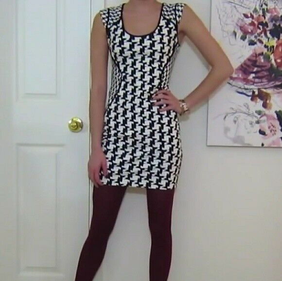 EXPRESS MIXED HOUNDSTOOTH PONTE KNIT SHEATH ABOVE KNEE MINI DRESS - NWT SIZE 2